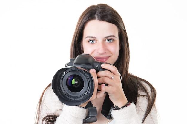 Bastante joven entrenamiento con cámara digital