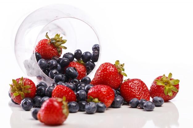 Bayas deliciosas y naturales