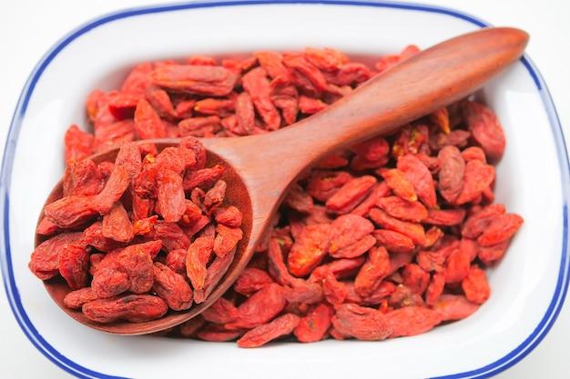Bayas rojas secas de goji para una dieta saludable