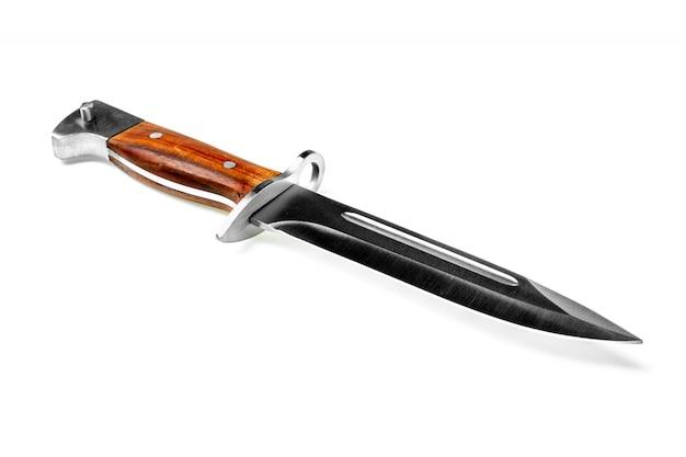 Bayoneta del cuchillo del combate del vintage aislada en el fondo blanco.