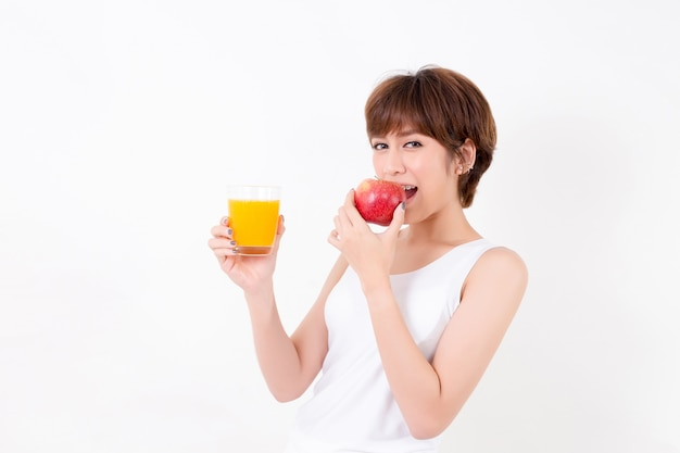 Beautifulyoung asia mujer con alimentos saludables.