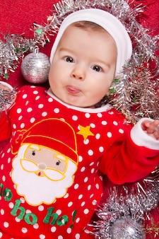 Bebé recién nacido de navidad