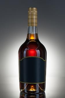 Bebida alcohólica en una botella