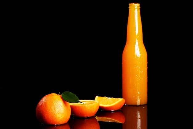 Bebida de naranja fresca