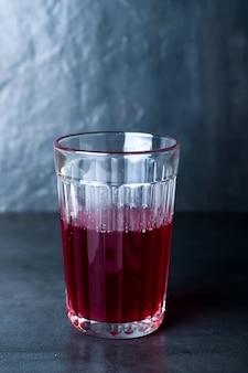 Bebida roja caliente
