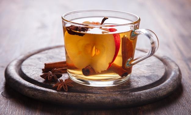 Bebida de sidra de manzana, jugo, sidra con especias