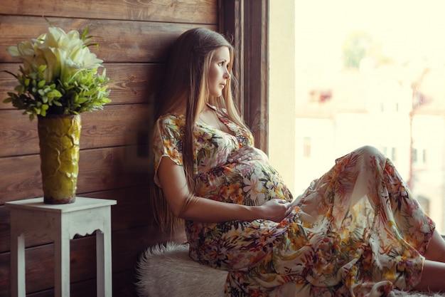 Belleza mujer embarazada