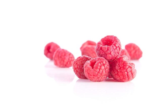 Berry en el fondo blanco.