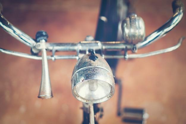 Bicicleta antigua, imagen de filtro vintage.
