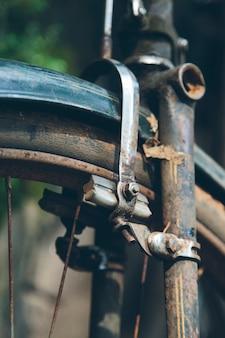 Bicicleta antigua en kerala, india