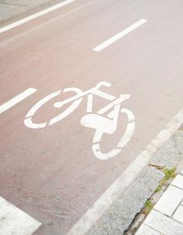 Bicicleta, señal de tráfico, en, camino