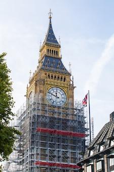 Big ben londres renovar 4 años después de trabajar 150 años londres, reino unido