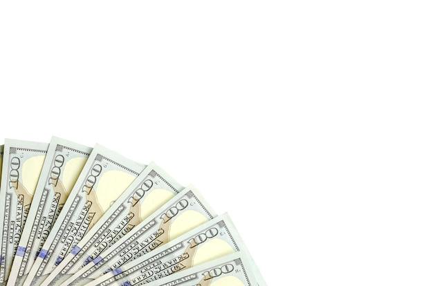 Billetes de dólar. dinero americano aislado en blanco con espacio de copia