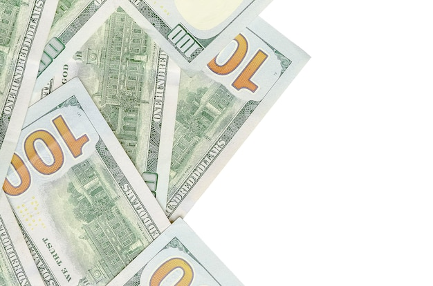 Billetes de un dólar sobre fondo blanco.