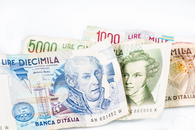 Billetes de italia. lira italiana 10000, 5000, 2000, 1000.