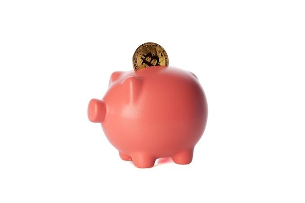 Bitcoins ahorrando en una alcancía