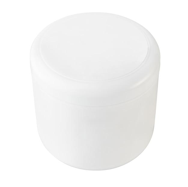 Blanco de plástico, sin etiqueta aislado sobre fondo blanco.