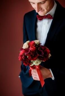 Blanco romántico perfecto ceremonia comprometida