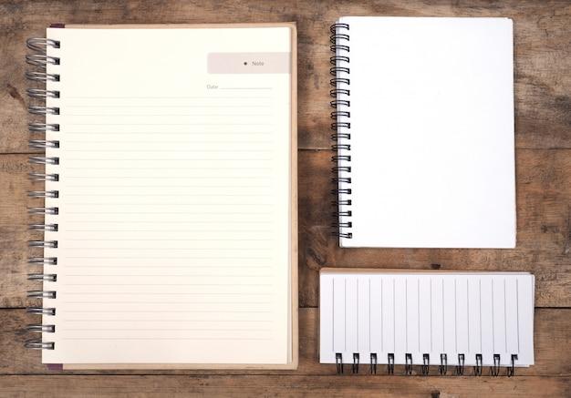 Blocs de notas en blanco
