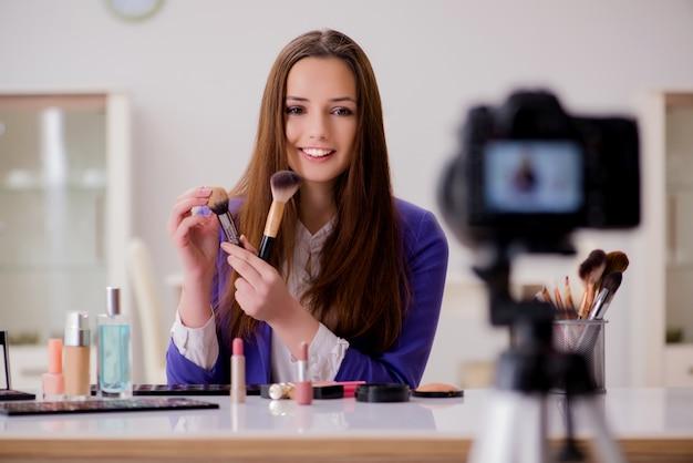 Blog de grabación de blogger de moda de belleza