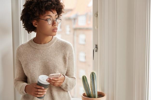 Blogger trabajando en casa