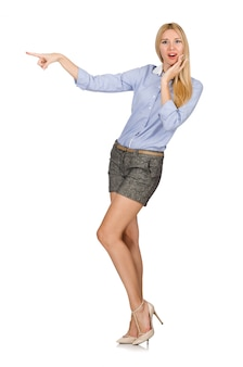 Blondie chica en pantalones cortos de tweed gris aislado en blanco