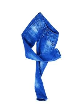 Blue jeans aislado en blanco