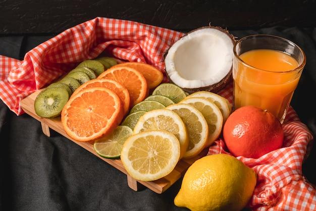 Bodegón temperamental de frutas