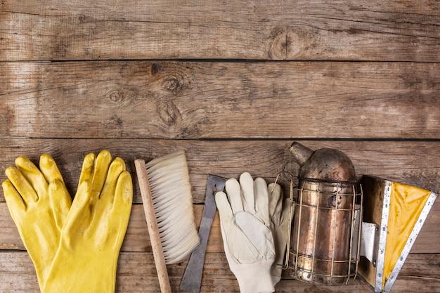 Bodegón con utensilios de miel