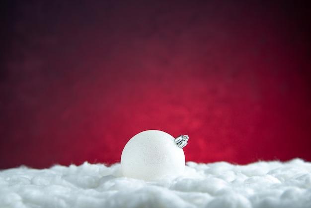 Bola de árbol de navidad blanca vista frontal