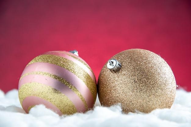 Bolas de árbol de navidad de vista frontal