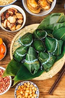 Bolas de masa de arroz del dragon boat festival