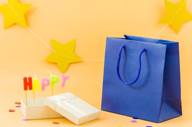 Bolsa de regalo de cumpleaños con velas