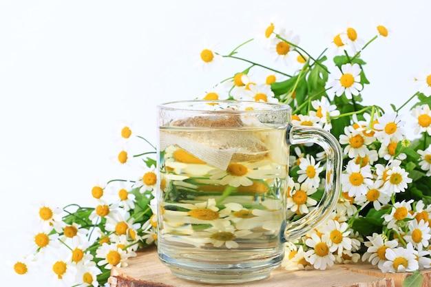Bolsitas de té de manzanilla medicina herbaria