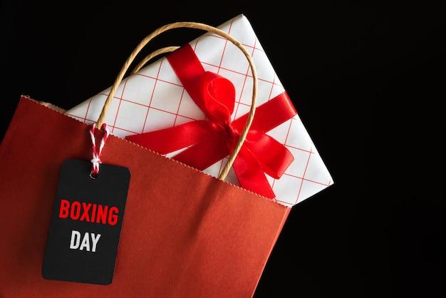 Bolso de compras de la venta del día del boxeo