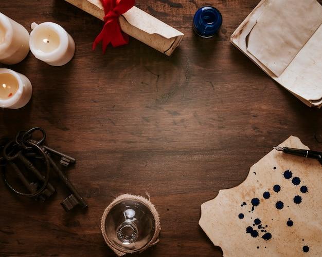 Borde de velas y pergamino