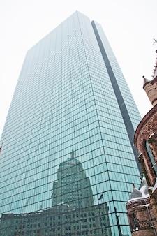 Boston, massachusett - 16 de enero de 2012: gran rascacielos en el centro de la ciudad de boston.