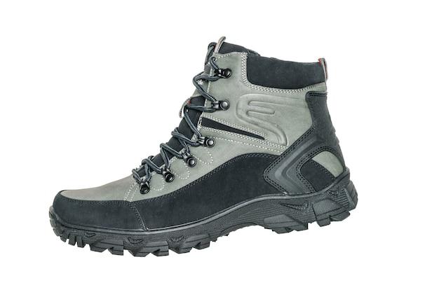 Bota de senderismo para hombres aislado en blanco. calzado deportivo casual para hombre.