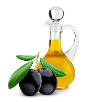 Botella de aceite de oliva virgen extra sobre fondo blanco.