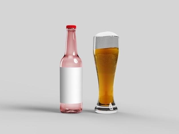 Botella de cerveza roja y vaso con cerveza dorada en espacio aislado, copia, simulacro de oktoberfest