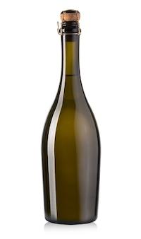 Botella de champaña aislada