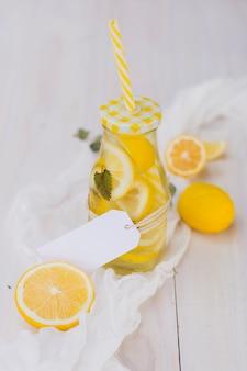 Botella de limonada