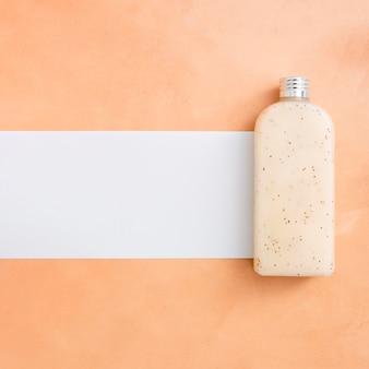 Botella de loción natural