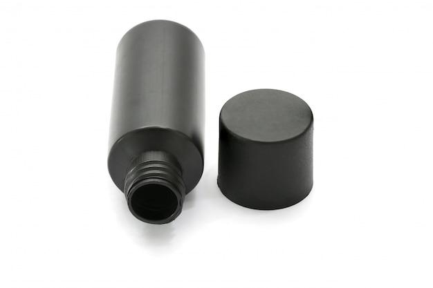 Botella de plástico para el cuidado del cuerpo y productos de belleza de botella de plástico para champú - aislado