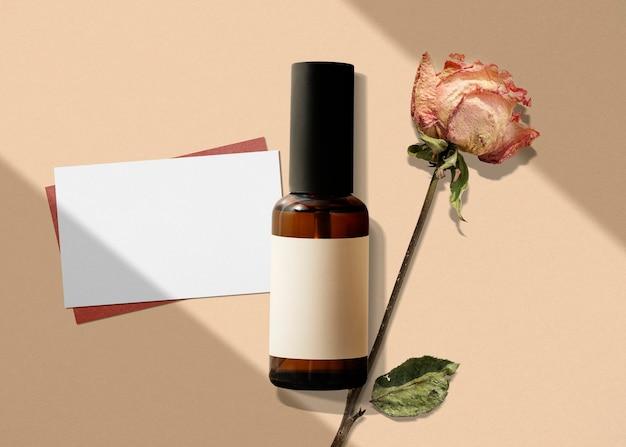 Botella de spray de aceite esencial, producto de belleza aromático