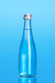 Botellas de agua de vidrio