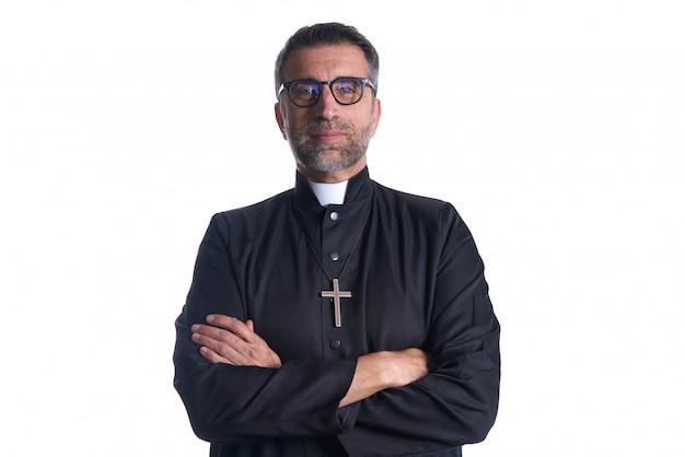 Brazos cruzados sacerdote retrato mayor