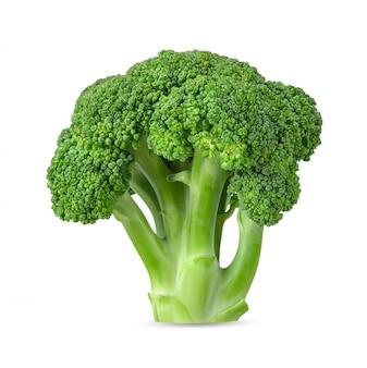 Brócoli aislado en el trazado de recorte de fondo blanco