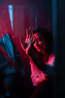Brujería oculta espejo roto misterio astrología espejo