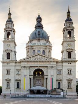 Budapest hungría basílica de san esteban